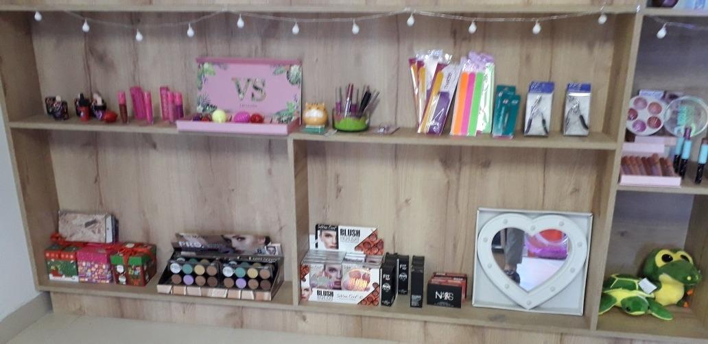 almacén, tienda femenina, súper económica cra46 cl 68 sur8