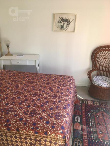 almagro. suite con terraza propia. alquiler temporario sin garantías.