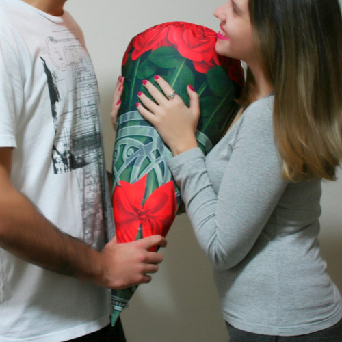 almofada buquê de rosas gigante, flores, presente namorada