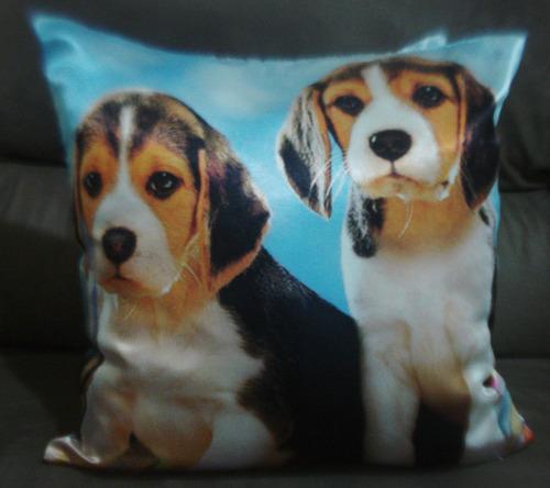 almofada cachorro beagle em cetim 40x40