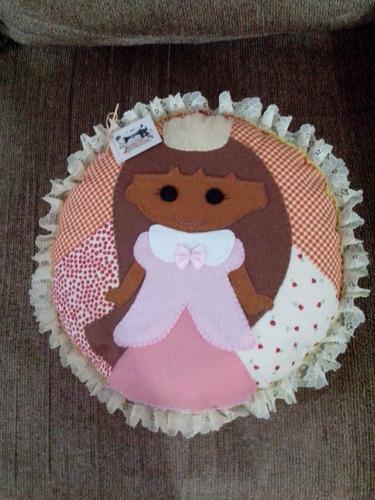 almofada princesa artesanal