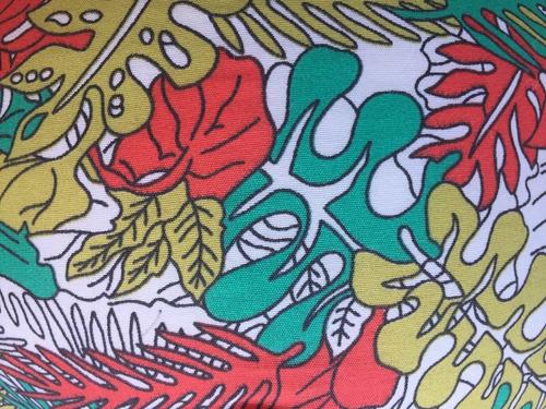almohada de camping y viaje - thundra  colores surtidos