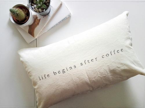 almohadon con frase 50x30cm