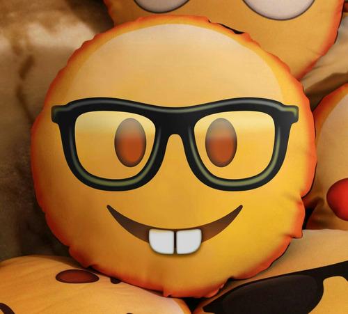 almohadon emoticon emoji 32cm personalizado con imagen