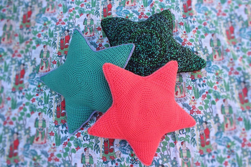 almohadón estrella (tejido crochet)