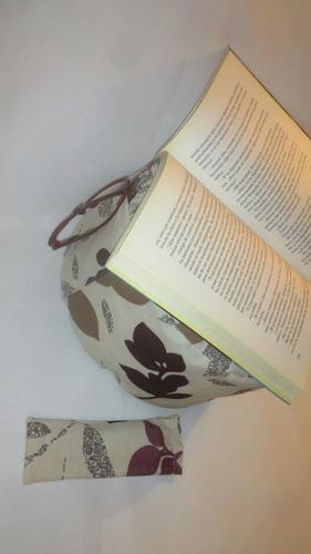 almohadon libro y estuche de lentes