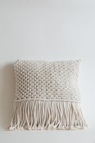 almohadon macrame