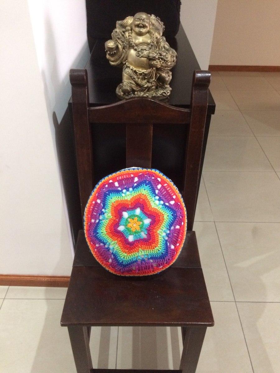 Almohadon Tejido A Crochet Redondo 3 Modelos - $ 380,00 en Mercado Libre