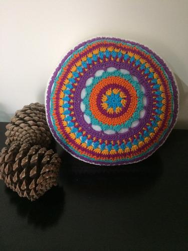 almohadon tejido a crochet redondo 3 modelos