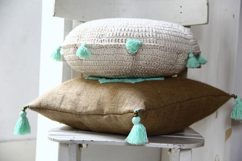 almohadón tejido  crochet redondo