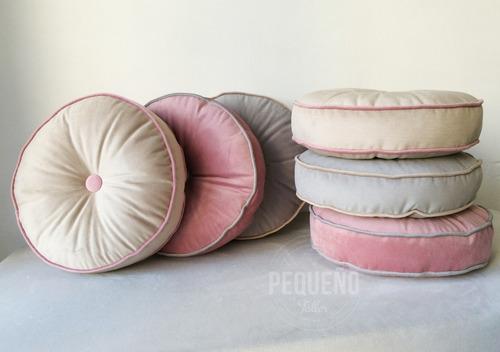 almohadones redondos 40cm pequeño taller