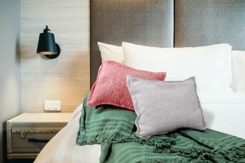 almohadones x2 rusticos  pie de cama rustico  100 x 150 cm