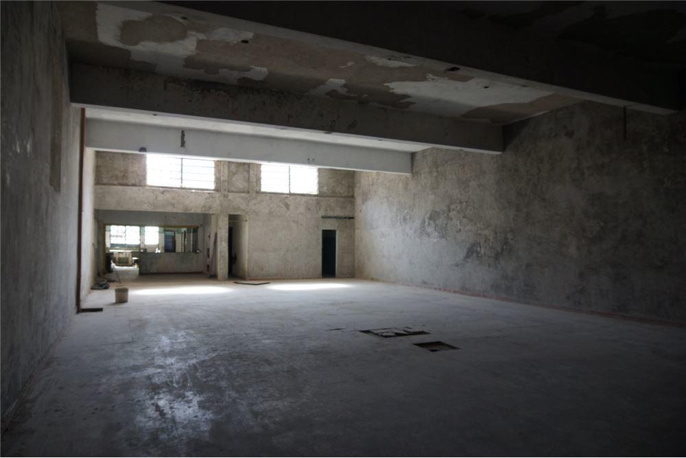 alq. galpón con lotes- más de 1300 m2 totales
