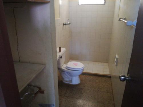 alquila casa en villa mercedes $325
