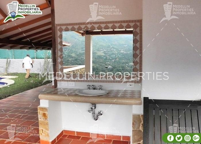 alquila fincas por días en copacabana cód: 4417