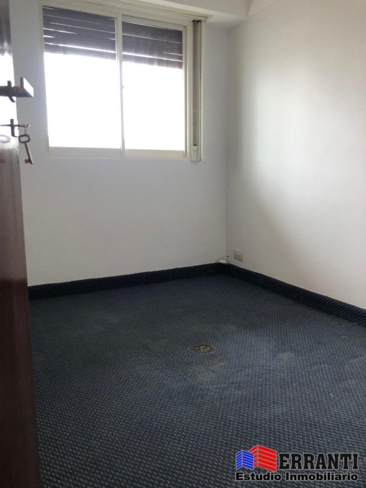 alquiler 4 ambientes con balcón terraza y parrilla