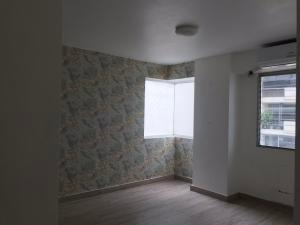 alquiler amplio apartamento en las perlas paitilla panama