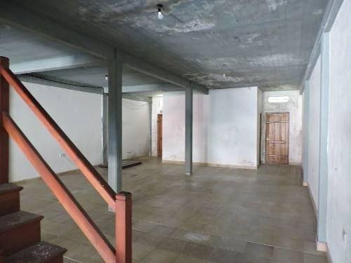 alquiler amplio local en el centro de villa gesell