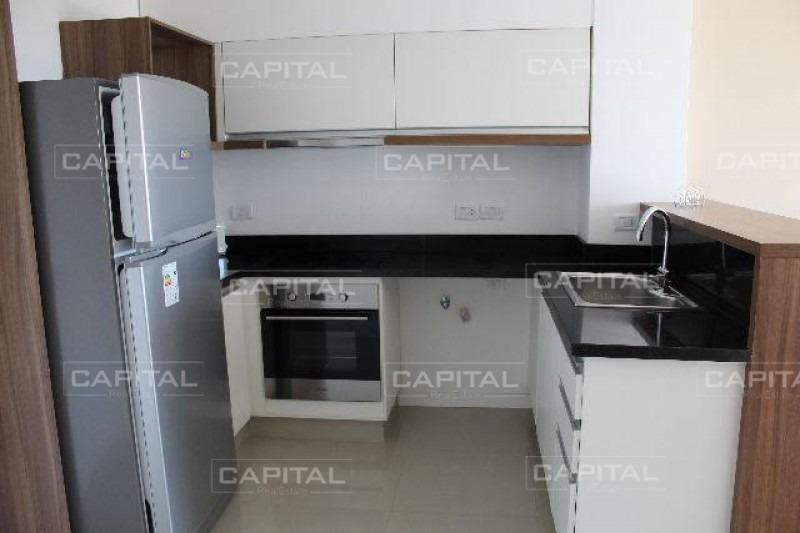 alquiler anual de apartamento de dormitorio y medio en edificio nuevo a pasos de playa brava-ref:29007