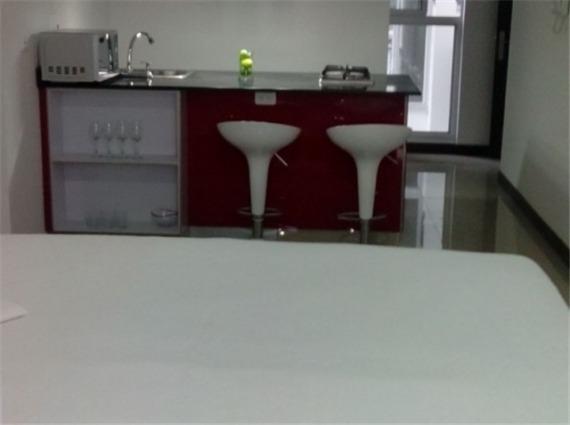 alquiler apartaestudio amoblado en guayacanes
