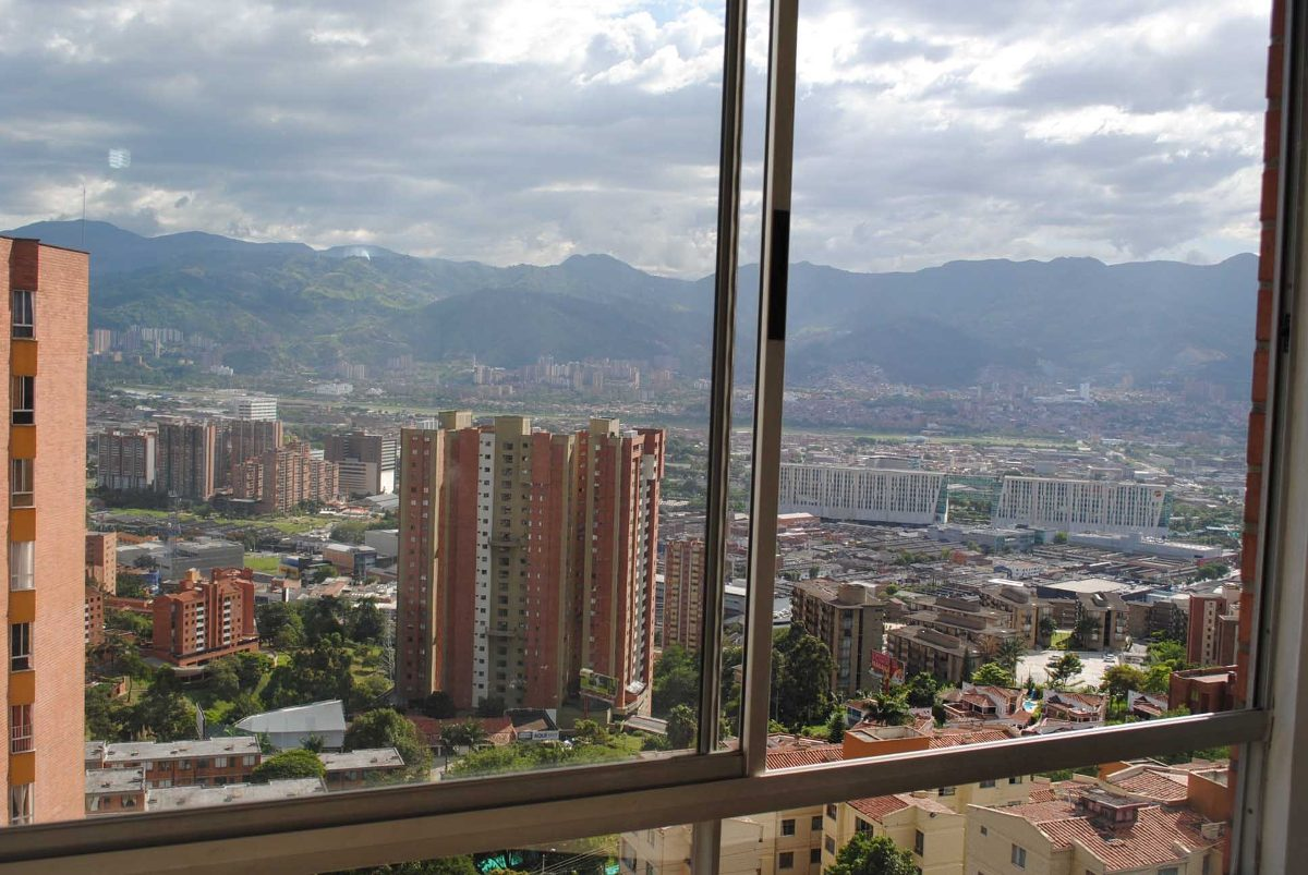 alquiler apartamento amoblado económico por días en medellín