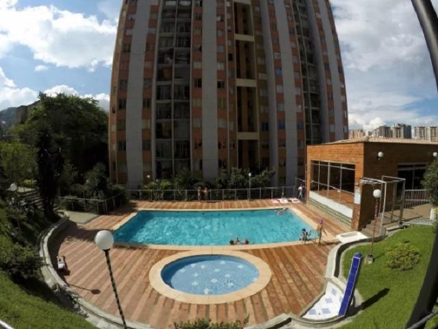 alquiler apartamento amoblado medellin - parking - piscina