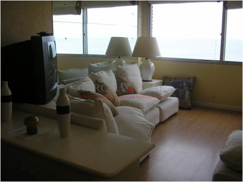 alquiler apartamento primera linea brava 1 dorm y medio- ref: 780
