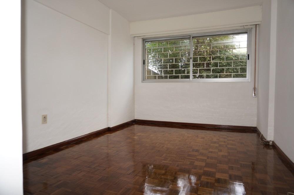 alquiler apartamento rambla pocitos 3 dormitorios y servicio