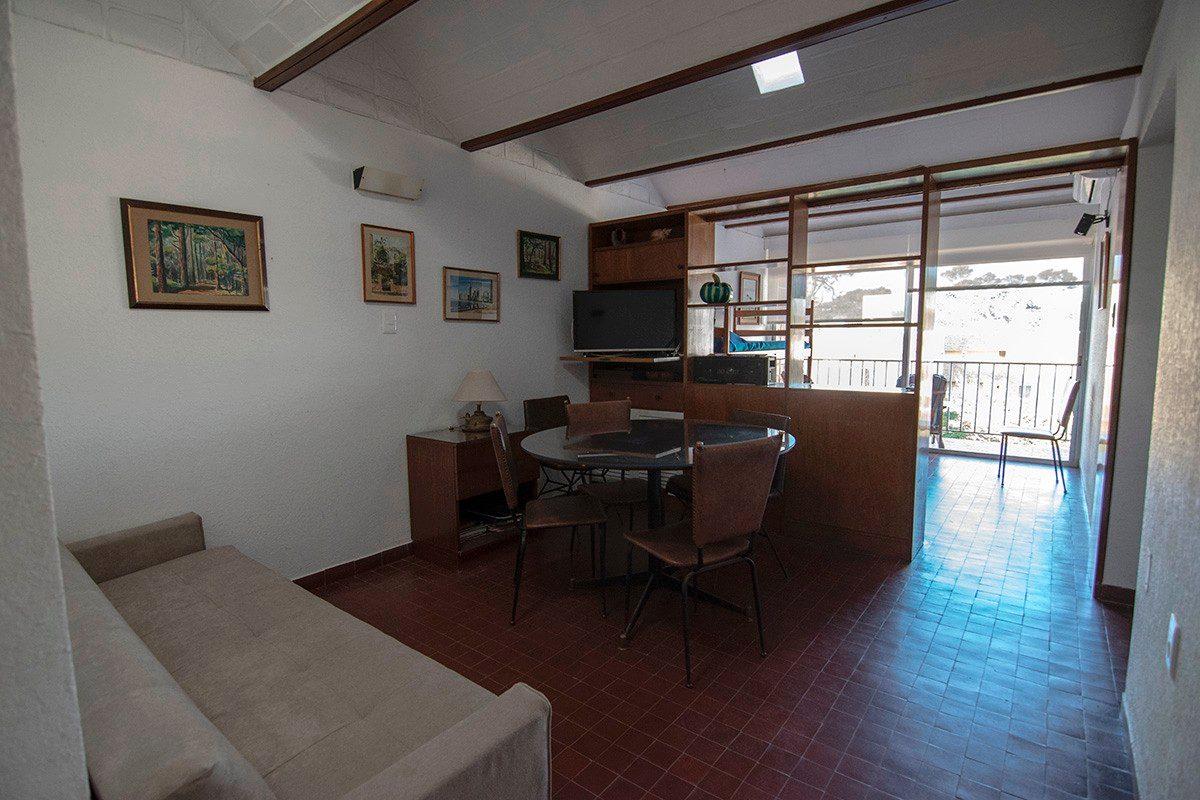 alquiler apartamento sobre la rambla y pda 15 de playa mansa