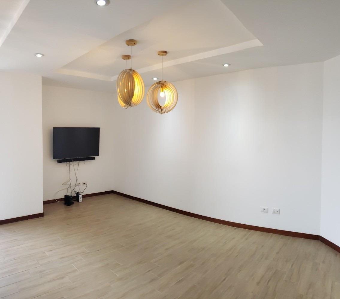 alquiler apartamento zona 15 vista hermosa 1