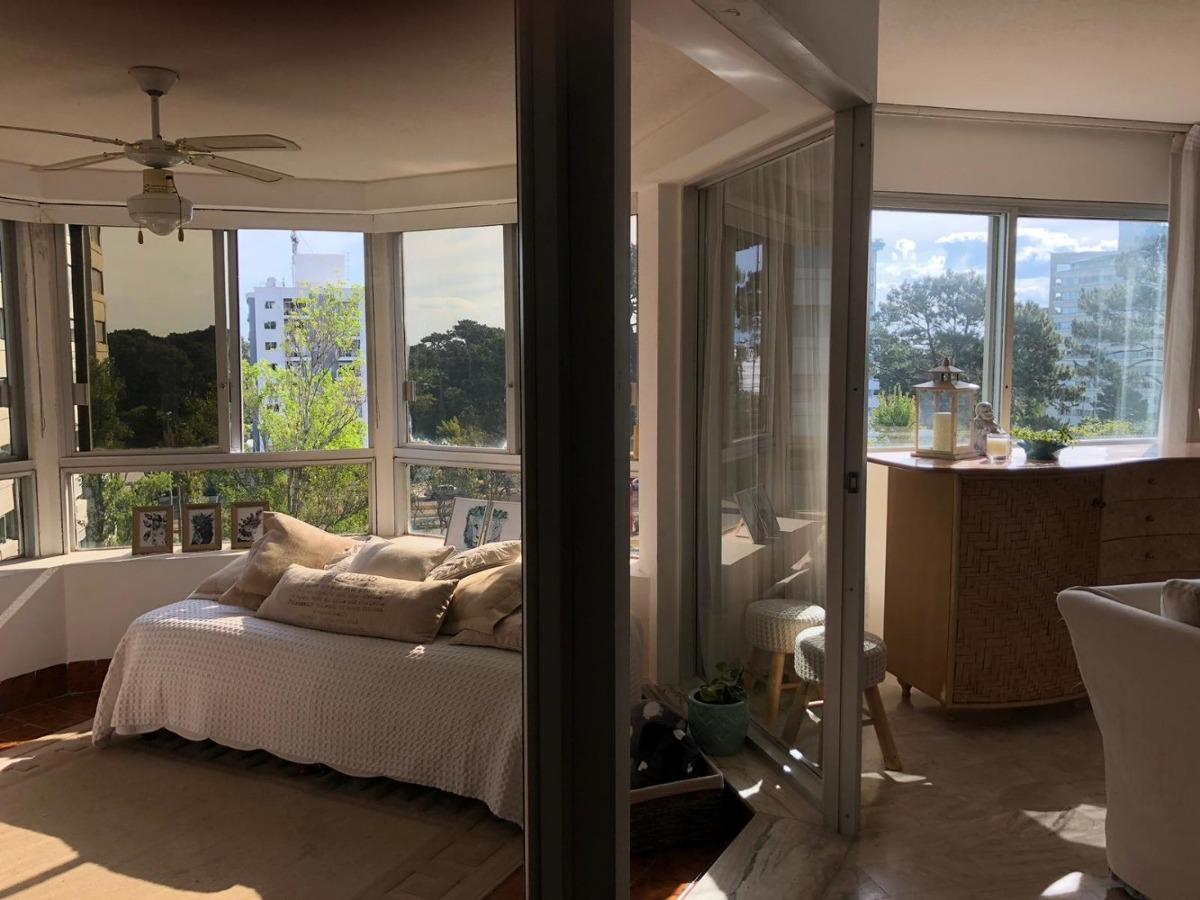 alquiler apartamento,punta del este , 3 dormitorios c/mucama