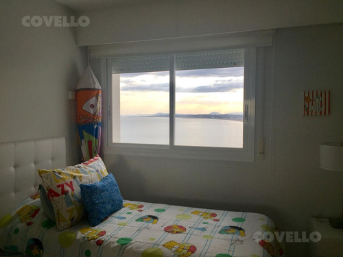 alquiler aquarela, playa mansa, 2 dormitorios en suite mas dependencia