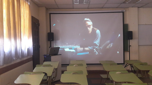 alquiler aulas salas y espacios para cursos y eventos