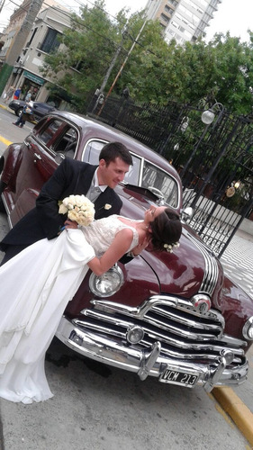 alquiler autos antiguos,convertible,casamientos,limusina