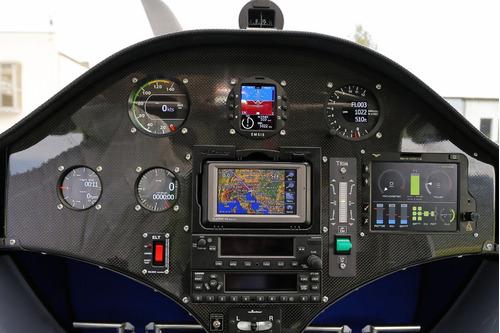 alquiler avion año 2014 a pilotos para sumar horas de vuelo