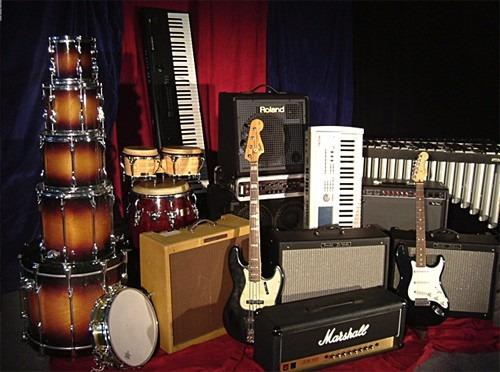 alquiler backline instrumentos musicales sonido tarimas