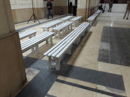 alquiler bancos de madera tipo plaza p/5 pax sentadas.