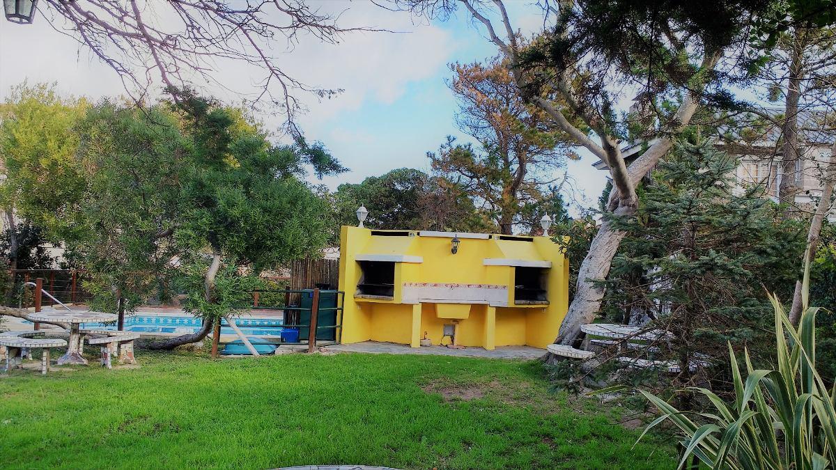 alquiler cabañas cerca del mar, piscina parque parrilla