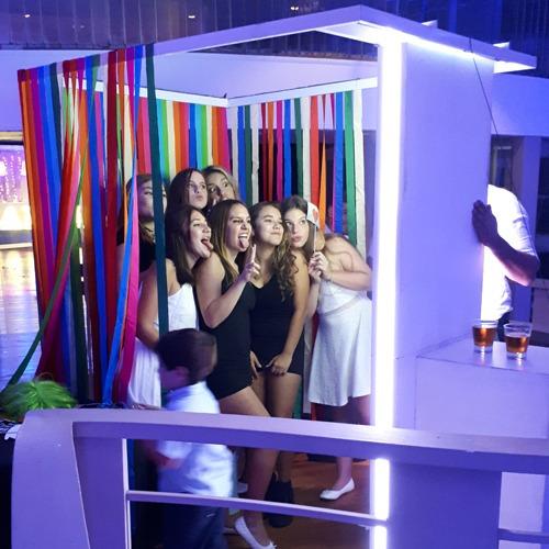 alquiler cabina de fotos - inflable - totem - cortina -