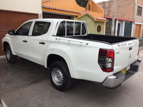 alquiler camioneta 4x4 pick up doble cabina