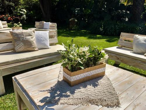 alquiler carpa living rústico reciclado madera pallets bodas