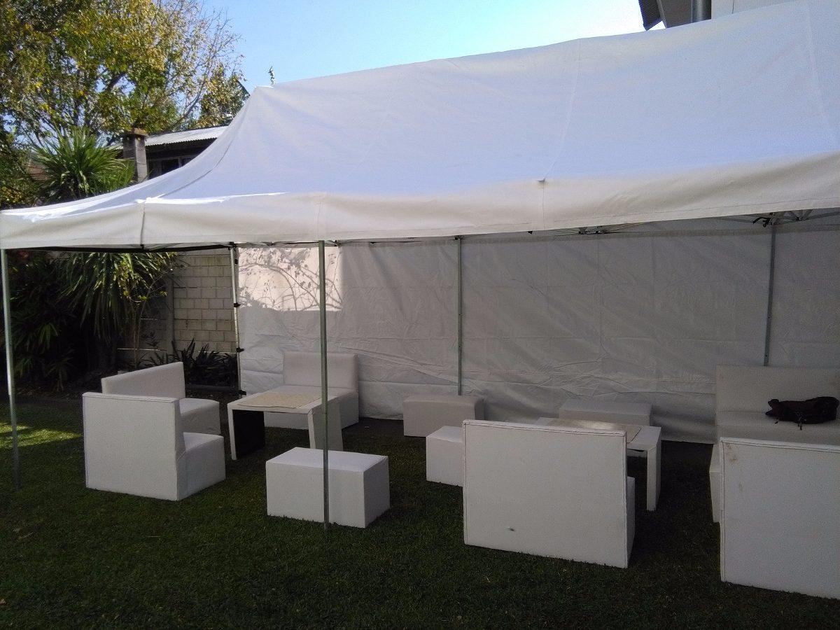 Alquiler carpas enormes livings mesas sillas pisos luz y for Pisos de alquiler en silla