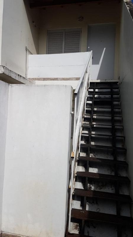 alquiler - casa 3 ambientes en villa celina.(a210)
