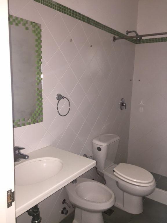 alquiler casa 3 dormitorios 4 baños loma de la tahona piscina #358