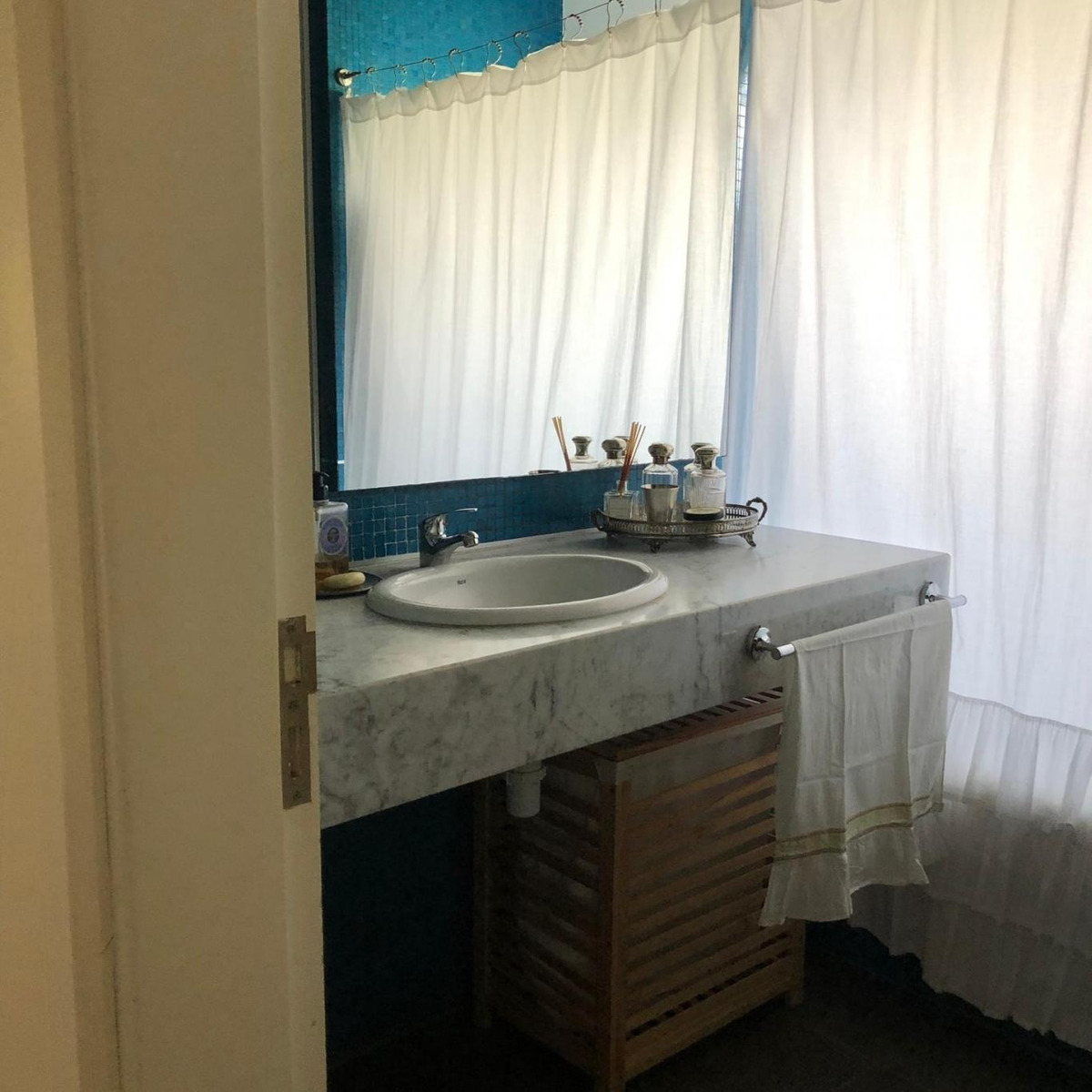 alquiler casa 3 dormitorios 4 baños lomas de la tahona piscina #414