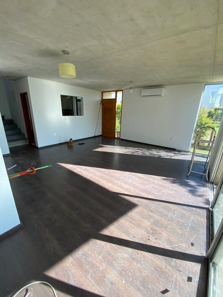 alquiler casa 3 dormitorios carrasco - barrio privado