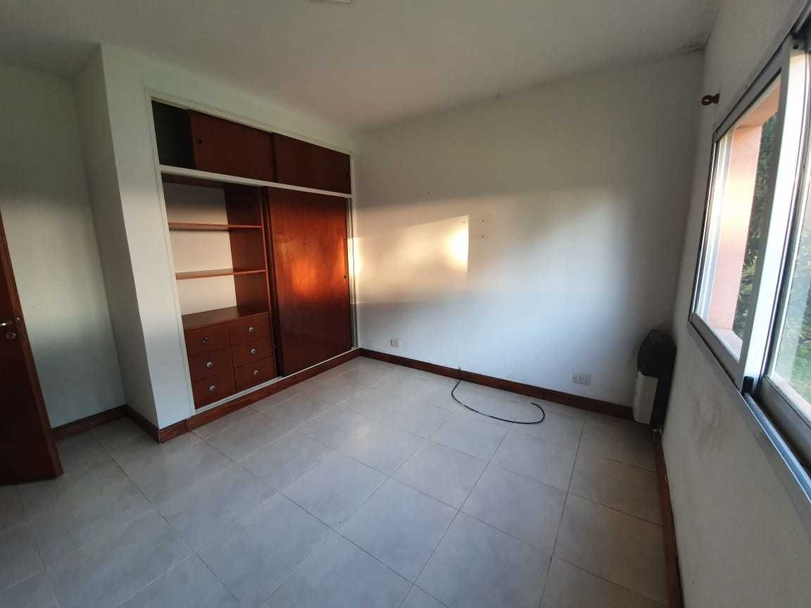 alquiler casa 4 amb. en barrio don joaquin- canning!!!