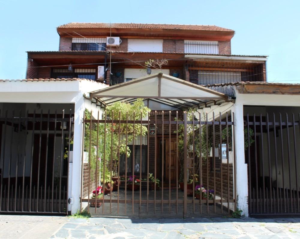 alquiler casa 4 ambientes 4 cuadras de estación castelar