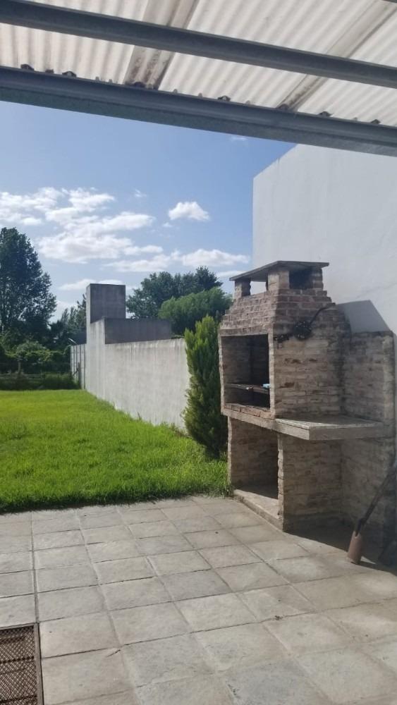 alquiler-casa 503 e/7y8-villa castells
