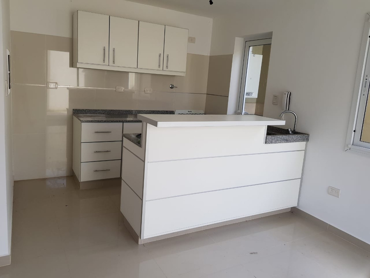 alquiler casa / duplex 4 amb. canning ezeiza
